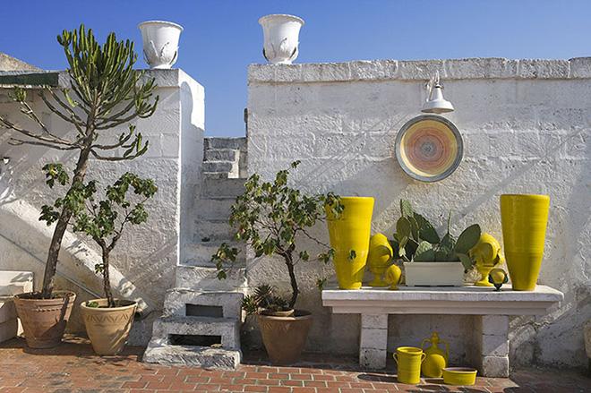 Il fascino contemporaneo delle ceramiche di Grottaglie