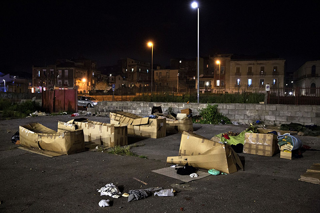Jacob Ehrbahn - Makeshift Camp, Refugee Stream, Catania, Sicily (Italy), 2015