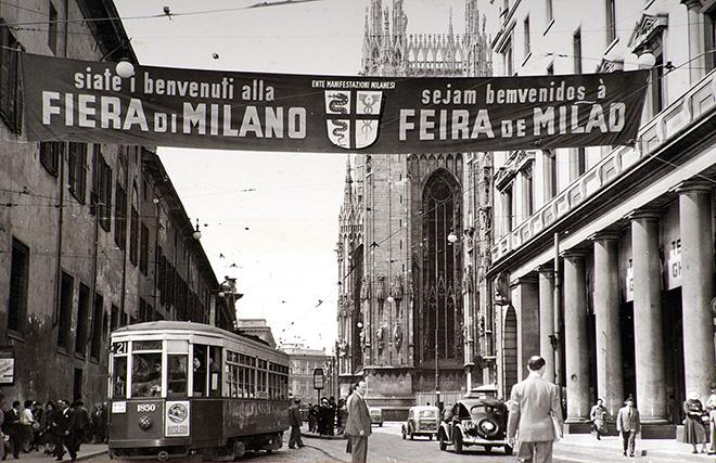 Striscione pubblicitario della Fiera, 1952, Archivio storico Fondazione Fiera