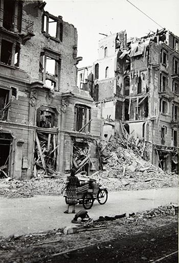 Gianfranco Ucelli - Corso Indipendenza, 1943, Archivio Gianfranco Ucelli
