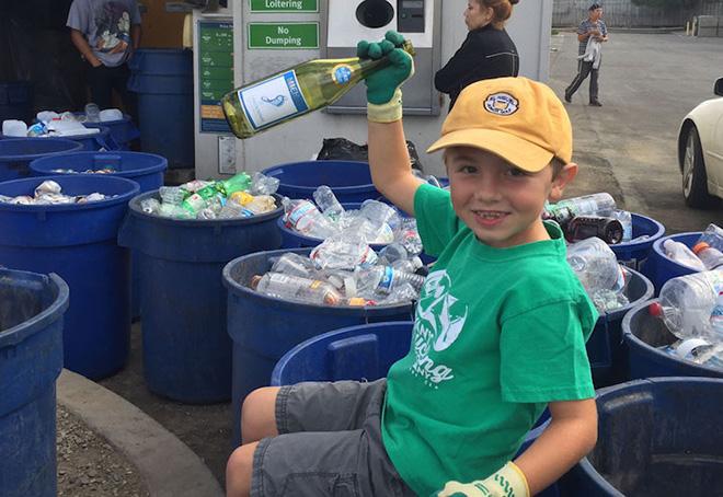 Ryan's Recycling - Non è mai troppo tardi per cominciare a riciclare