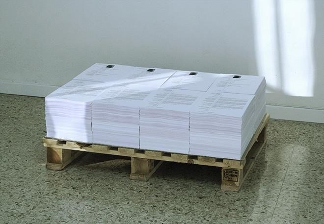 Juri Ceccotti - CV, 2015, 13720 fogli stampati e pallet, cm 35x80x60