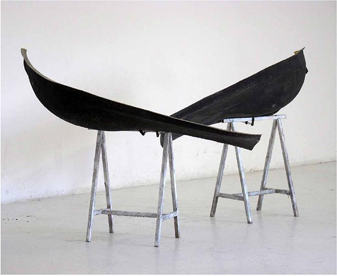 Verter Turroni - Due, 2011, installazione site specific, vetroresina, metallo