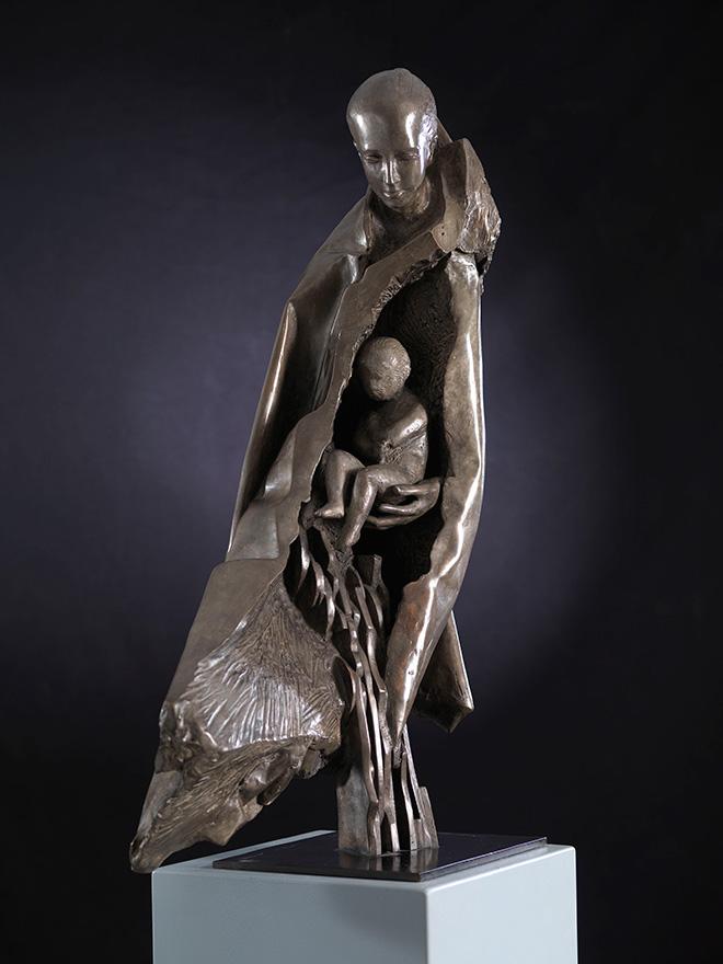 Giorgio Conta - Maternity, 2015, bronze, 87x50x30 cm