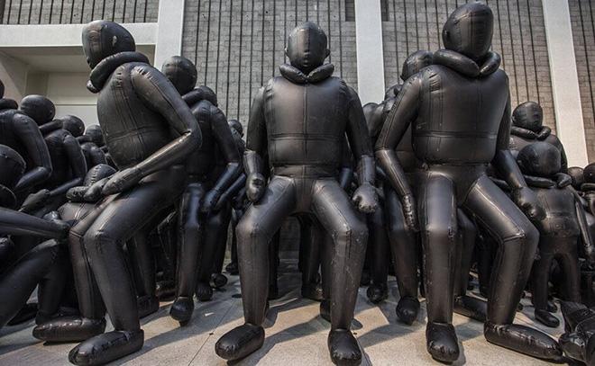weiwei national gallery prague journey