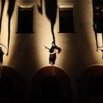 Il Posto – La Danza verticale di Forme Uniche