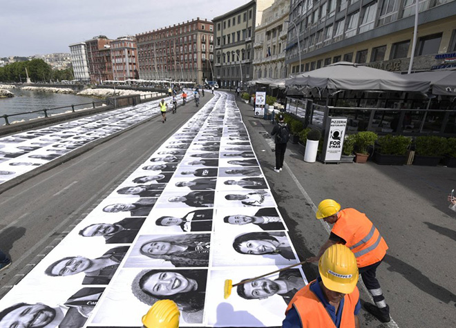 JR - L'Inside Out project fa tappa a Napoli. photo credit: Riccardo Siano