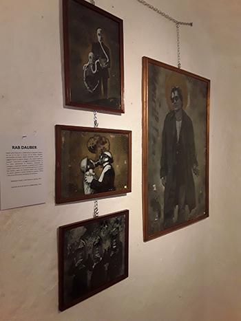 Rab Dauber - Omaggio a Black le Rat, stencil su cartone, 2017  + Gaslove #1 #2 #3, stencil su cartane/legno, 2016