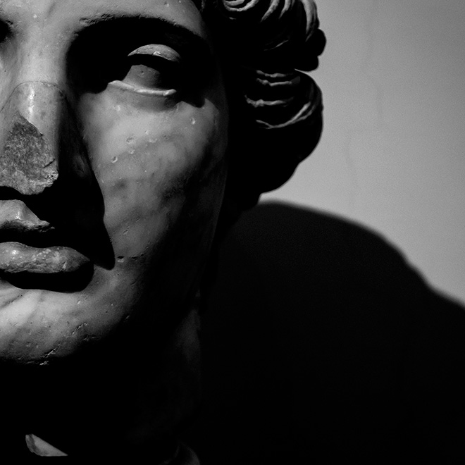 Marcello Grassi, Napoli Museo Archeologico Nazionale, 2014, stampa su carta cotone, 100x100, Fine Art montata su dibond, cm 70x70