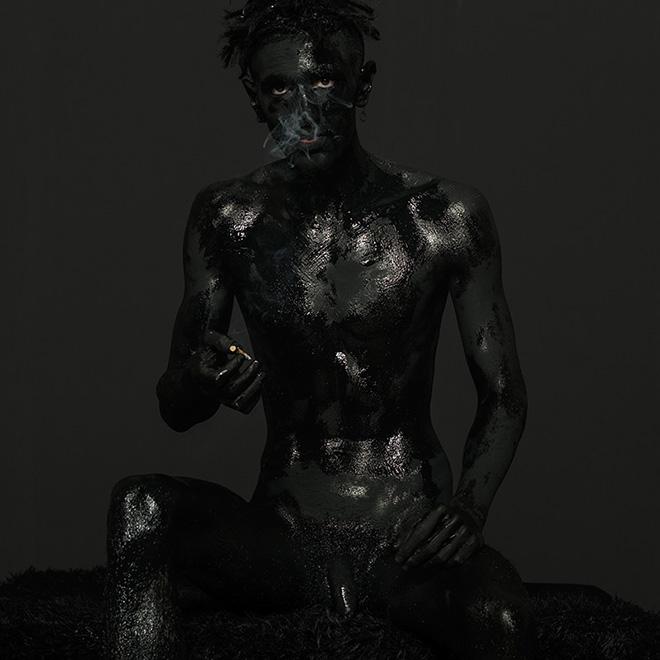 Mustafa Sabbagh - mytho-maniac, onore al nero