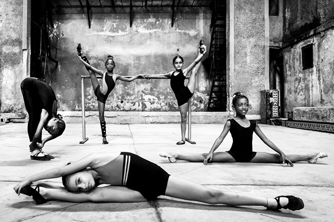 Fulvio Bugani - Cuban school of classical ballet, (People) - Monochrome Awards, 1st Place Winner (Professional)