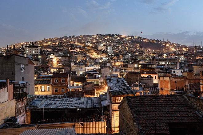 Valerio Muscella - Vista su Basmane, quartiere di Izmir, marzo 2016