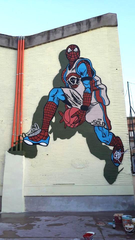 SOLO, Spider man - Casal Bernocchi (Roma) rinasce con l'arte urbana