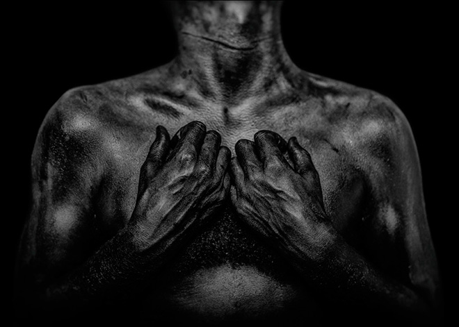 Daniel Regan - Fragmentary, (honored mention therapeutic photography), Perugia Social Photo Fest - The skin I live