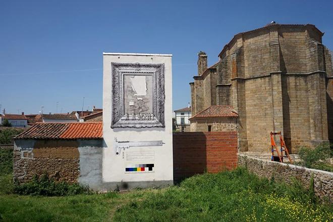 Daniel Muñoz - GLITTER. Acrylic on wall, 11X5m. Pozuelo de Zarzón (Spain), 2017