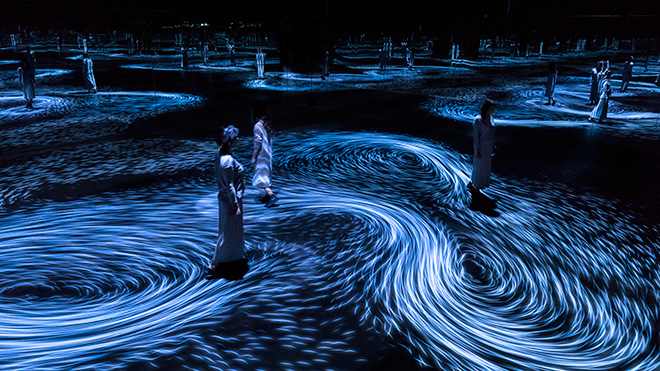teamLab - Moving Creates Vortices and Vortices Create Movement. ©teamLab, courtesy Ikkan Art Gallery, Martin Browne Contemporary and Pace Gallery
