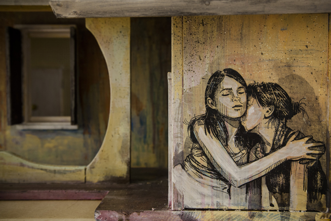 Alice Pasquini - The Unchanging World, photo credit: Alessandro Sgarito