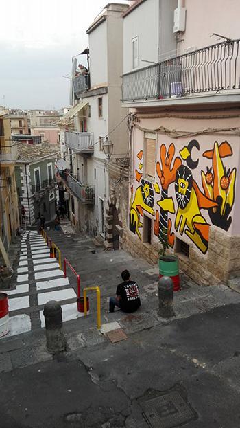 Badia Lost and Found - Lentini: arte e rigenerazione urbana. Mural by Gianluca Militello