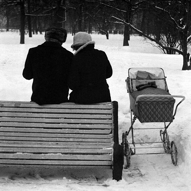 Masha Ivashintsova - Leningrad, Michurinsky garden, USSR, 1975