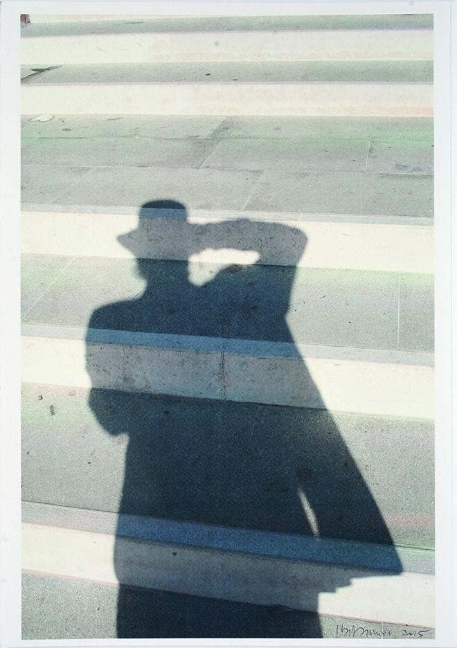 Italo Zannier - Autoritratto sul ponte di Santa Eufemia, Giudecca, 2015, stampa con toner a pressione su carta, cm 45x32. ©Italo Zannier