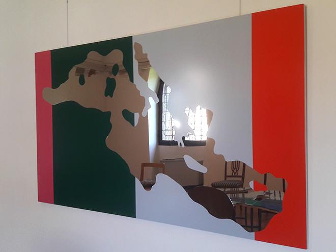 Michelangelo Pistoletto - Love Difference - Mar Mediterraneo, 2005, specchio, legno, sedie