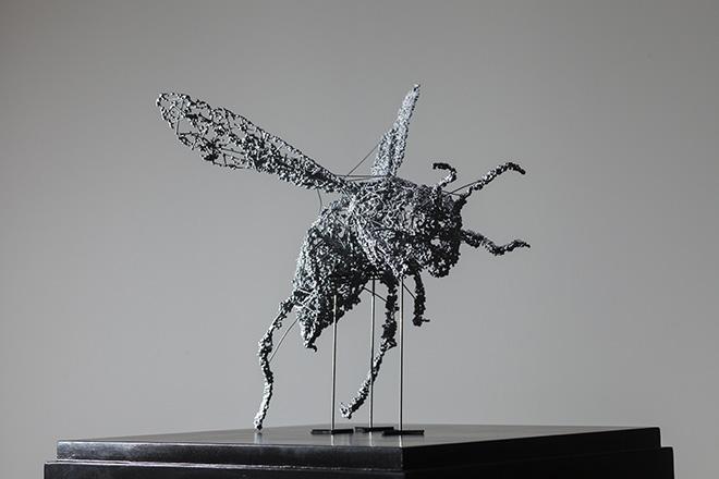 Ryoichi Kurokawa - dalla serie renature::bc-class, renature::insecta #2 [ prototype ], 2015. Scultura (Sinterizzazione laser, poliammide, rivestimento metallico)308 x 332 x 271 mm. © L'artista. Courtesy Fundación Telefónica Lima