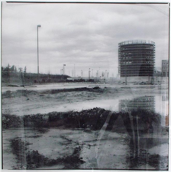 Luca Piovaccari - Ricognizione sul paesaggio, 2008, fotografia su pellicole trasparenti, 38x38 cm