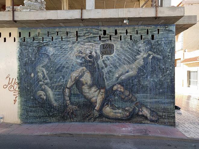 Toni Espinar - Love Water, mural in los Alcazares