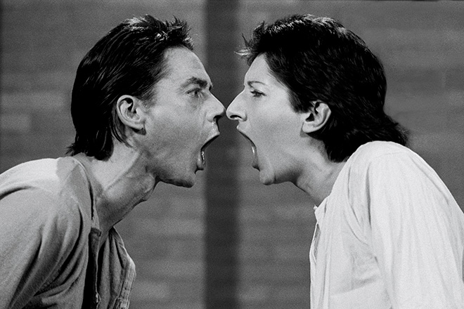 "Ulay/Marina Abramović AAA-AAA 1978, video 2 pollici trasferito su supporto digitale (b/n, sonoro), 12'57"". New York, Abramović LLC. Courtesy of Marina Abramović Archives e LIMA, MAC/2017/041Credit: © Ulay/Marina Abramović. Courtesy of the Marina Abramović Archives. Marina Abramović by SIAE 2018"