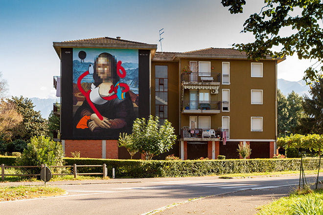 OZMO - Pixelated Mona Lisa with destructurated Donald Duck in Valle Camonica, WALL IN ART 2018, Angone. Photo credit: Davide Bassanesi