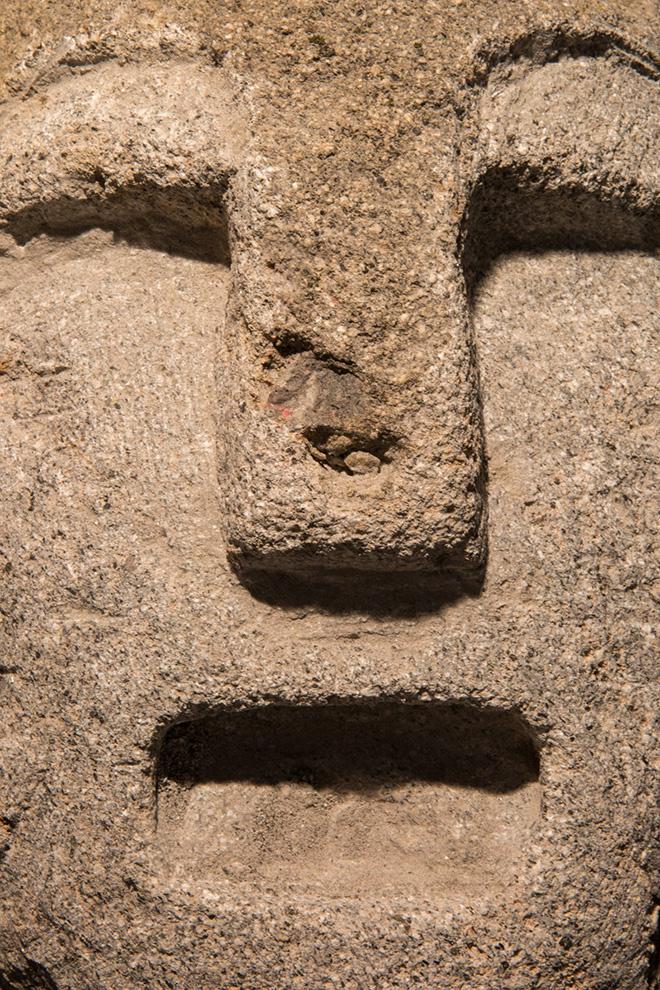 Venia Dimitrakopoulou - Guerriero con elmo IV, 2018, dettaglio, pietra lavica, cm 30x40x41