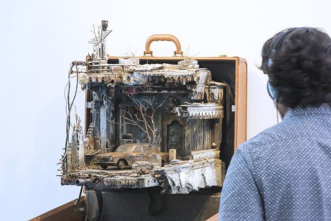 Mohamad Hafez, Ahmed Badr - UNPACKED: Refugee Baggage