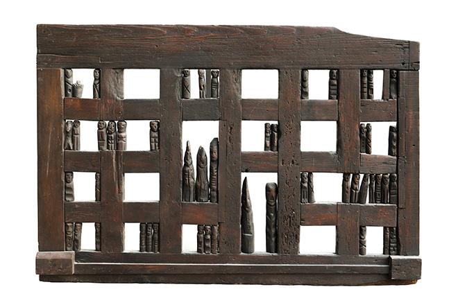 Franca Ghitti - Vicinia. La tavola degli antenati n. 1, 1976, legno, cm 108x160x6. photo credit: Fabio Cattabiani