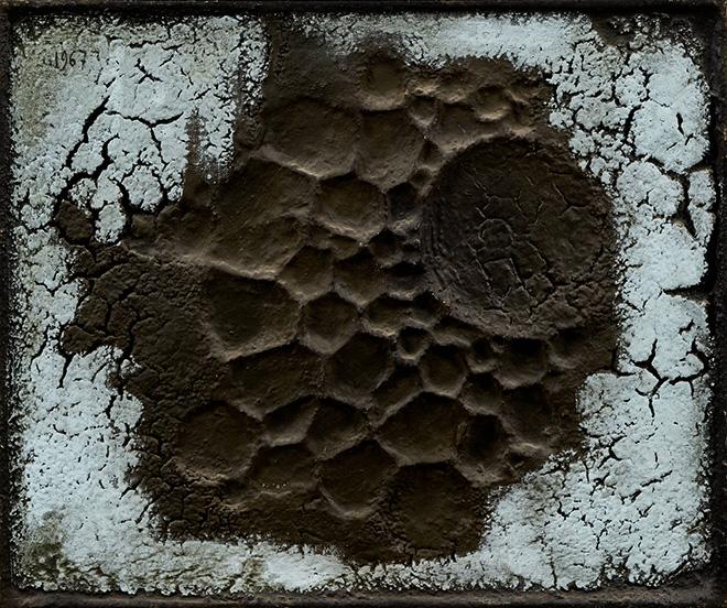 Franco Cardinali - Fossile lunaire, 1967, olio, caseina e sabbia su tela, cm 48x57