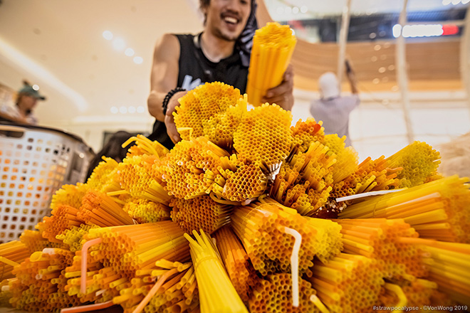 Benjamin Von Wong - The parting of the Plastic sea, #Strawpocalypse, Estella Place, Ho Chi Minh City.