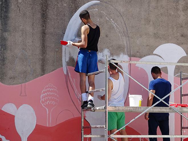 Guerrilla Spam - MANI IN ALTO!, Primo Murales, Progetto di arte urbana Casa Circondariale di Larino (CB), 2017