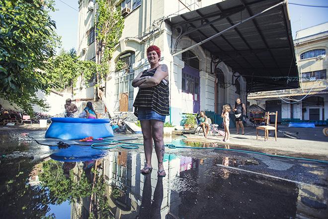 Jacopo Brogioni - Rosa Precoma, Militante del Comitato di lotta per la casa - occupante, Roma: Il Racconto di 100 Donne
