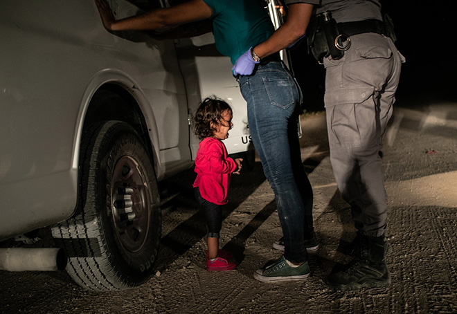 "World Press Photo 2019 – La ""Photo of the Year"" è di John Moore"