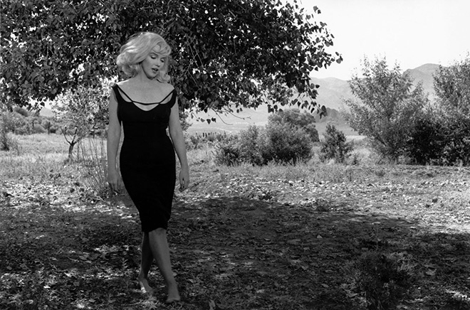 Inge Morath - Marylin Monroe sul set di Misfits, Nevada, 1960. ©Fotohof archiv/Inge Morath/Magnum Photos