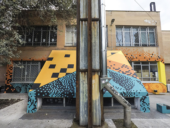 Krayon - Macro Life, i pixel di Krayon al Liceo Farnesina di Roma