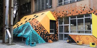 """""""Macro Life"""" – I pixel di Krayon al Liceo Farnesina di Roma"""