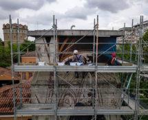 Vesod - Compianto, tra spirito e materia, murale a Padova sulla torretta idrica di Viale Codalunga, work in progress. photo credit: Francesco Calderoni