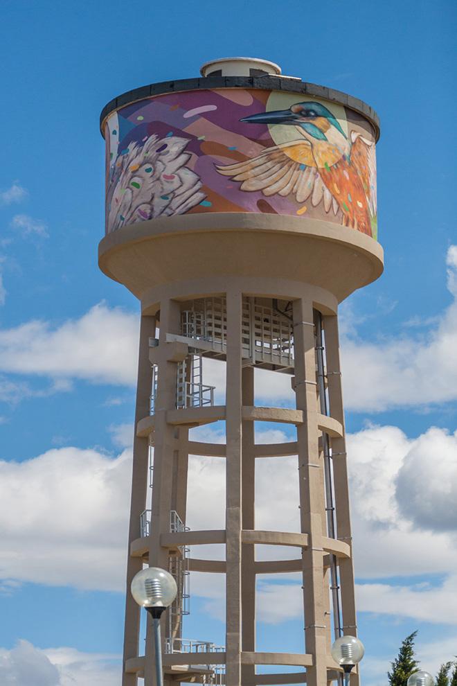 Torre pensile dipinta da Refreshink, Montopoli (Pisa ), Rainbow 2019. Ph.: Aldo Filippi