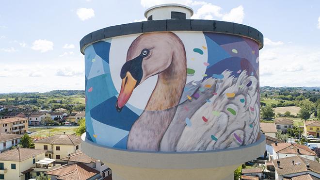 Refreshink, murale su torre dell'acqua (dettaglio), Montopoli (Pisa), Rainbow 2019. Ph.: Claudio Bellosta Studio
