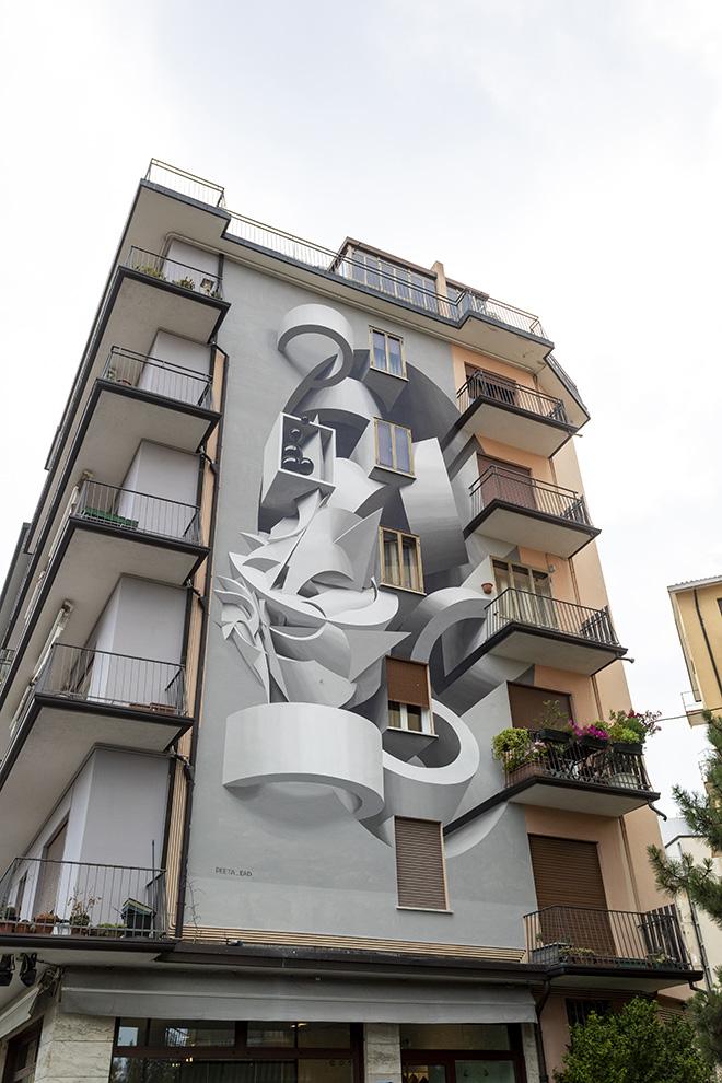 PEETA: Padova - Condominio privato (Quartiere Arcella), opera su muro.