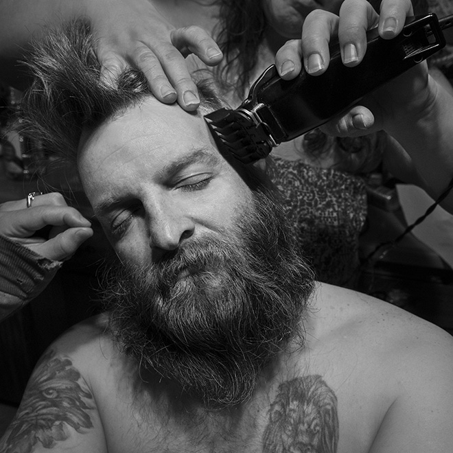 ©Larry Fink - Denny's Haircut March 2015