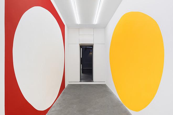 André Mendes - Ainda não, installation view, Matèria, 2019. Courtesy of Matèria. Photo credit: Roberto Apa