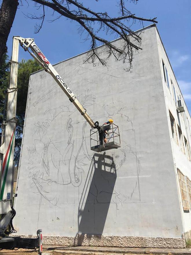 Alessio Bolognesi - Murale (Le avventure degli animali di Incantia) per il Progetto Assafà, Soccavo, Napoli, 2019
