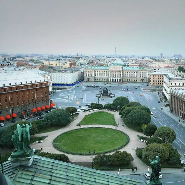Before: St Petersburg, EarthApp. Credits: Greenpeace, Isobar Moscow