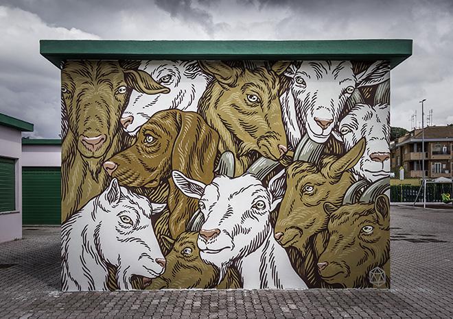 Lucamaleonte - (Mucchio di capre), murale, Roma. photo credit: Oscar Giampaoli